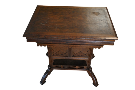 Gorgeous Antique Victorian Ross Table Wash Stand Oak Circa 1880